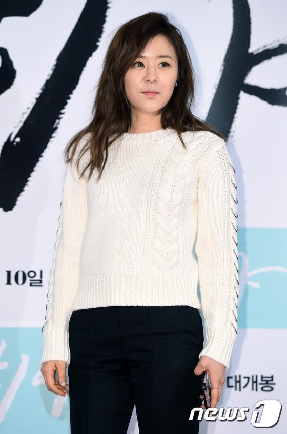 Dara (2NE1) tươi trẻ không kém cạnh đàn em A Pink kém 11 tuổi tại sự kiện - Ảnh 18.