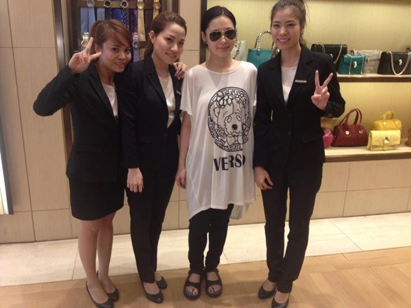 Sau Gerard Butler, tới lượt sao TVB hốt hoảng vì bị trộm 1.000 USD tại Việt Nam - Ảnh 4.