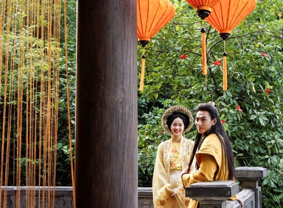 """""""Cám"""" Ninh Dương Lan Ngọc ác xuất sắc trên poster của Tấm Cám - Chuyện Chưa Kể - Ảnh 3."""