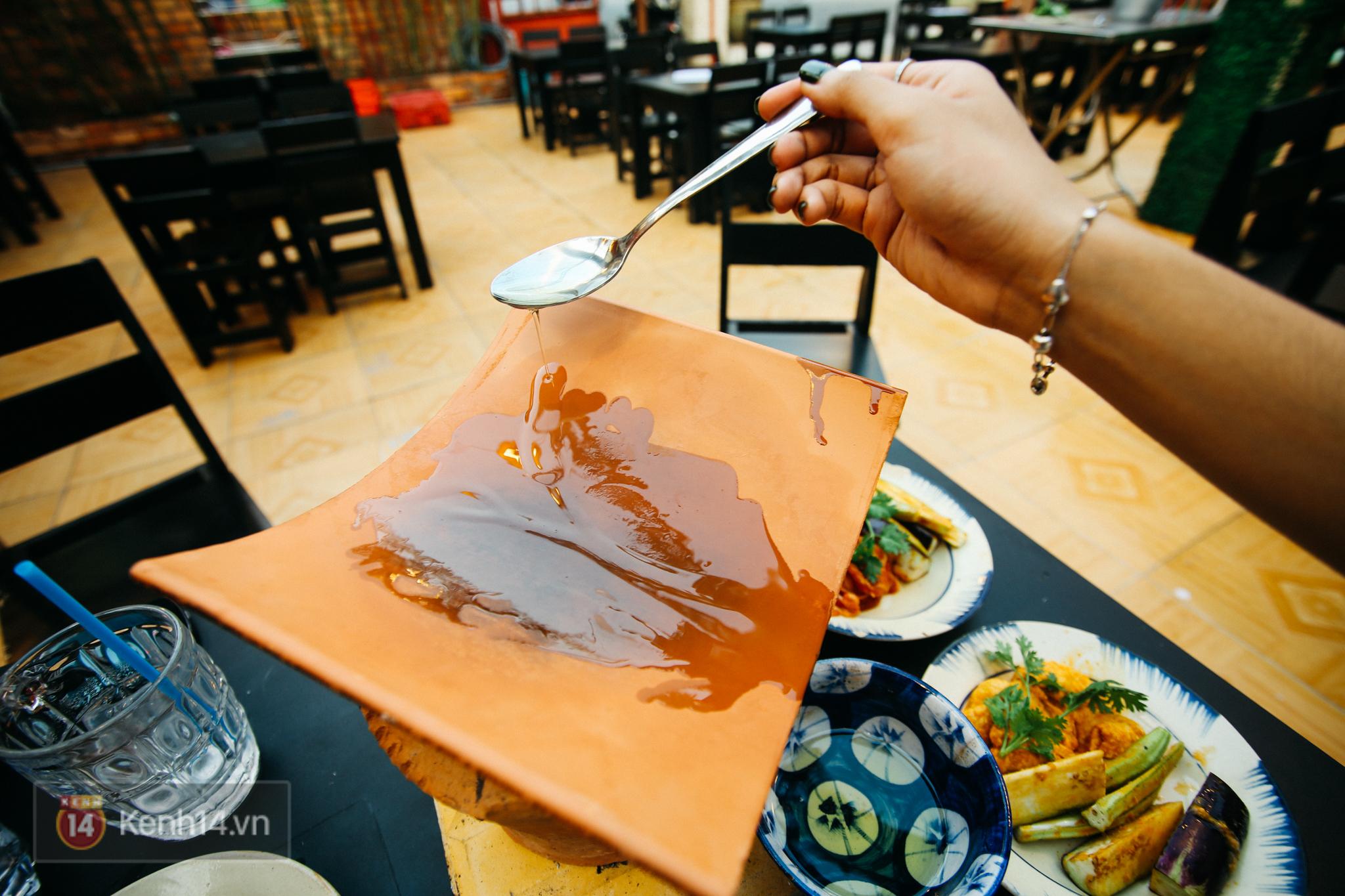 Bạn sẽ phải chảy nước miếng với 3 quán nướng siêu lạ này ở Sài Gòn - Ảnh 19.
