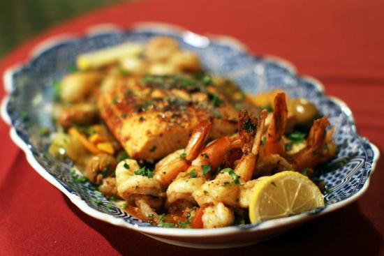 Báo Anh bình chọn Hà Nội là thành phố có ẩm thực hấp dẫn nhất thế giới! - Ảnh 54.