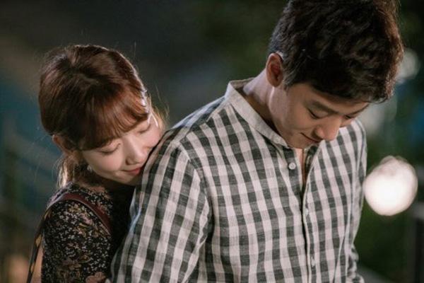 Fan Doctors náo loạn khi Kim Rae Won và Park Shin Hye có nụ hôn đúng tuổi - Ảnh 40.