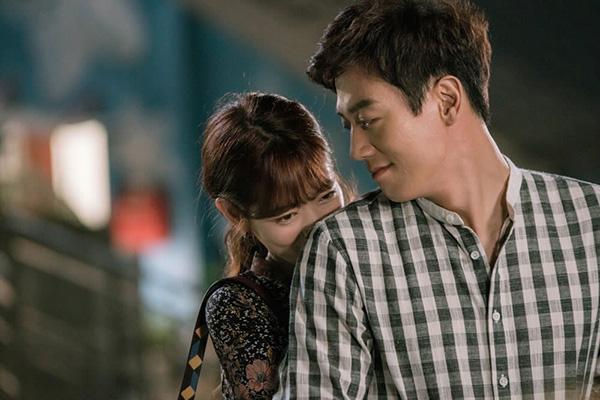 Fan Doctors náo loạn khi Kim Rae Won và Park Shin Hye có nụ hôn đúng tuổi - Ảnh 41.