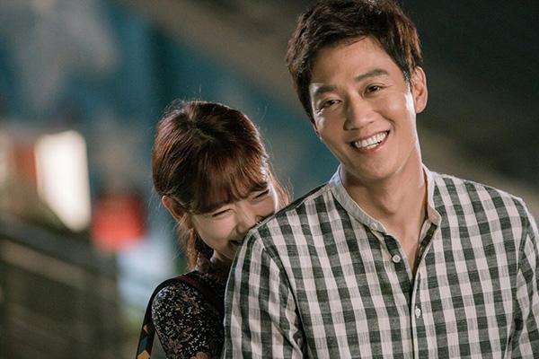 Fan Doctors náo loạn khi Kim Rae Won và Park Shin Hye có nụ hôn đúng tuổi - Ảnh 42.