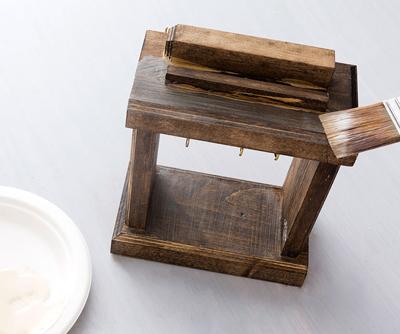 Nghịch gỗ chế khung đa năng: Vừa sạc điện thoại, vừa treo chìa khoá - Ảnh 10.
