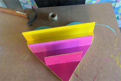 Tạo điểm nhấn trang trí tường với kệ treo tường trái tim sắc màu - Ảnh 10.