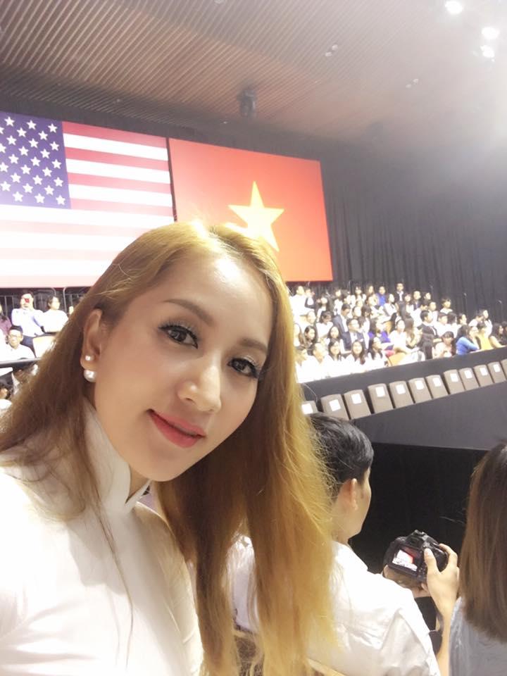 Khánh Thi, Suboi hào hứng tham gia buổi nói chuyện của Tổng thống Obama - Ảnh 2.