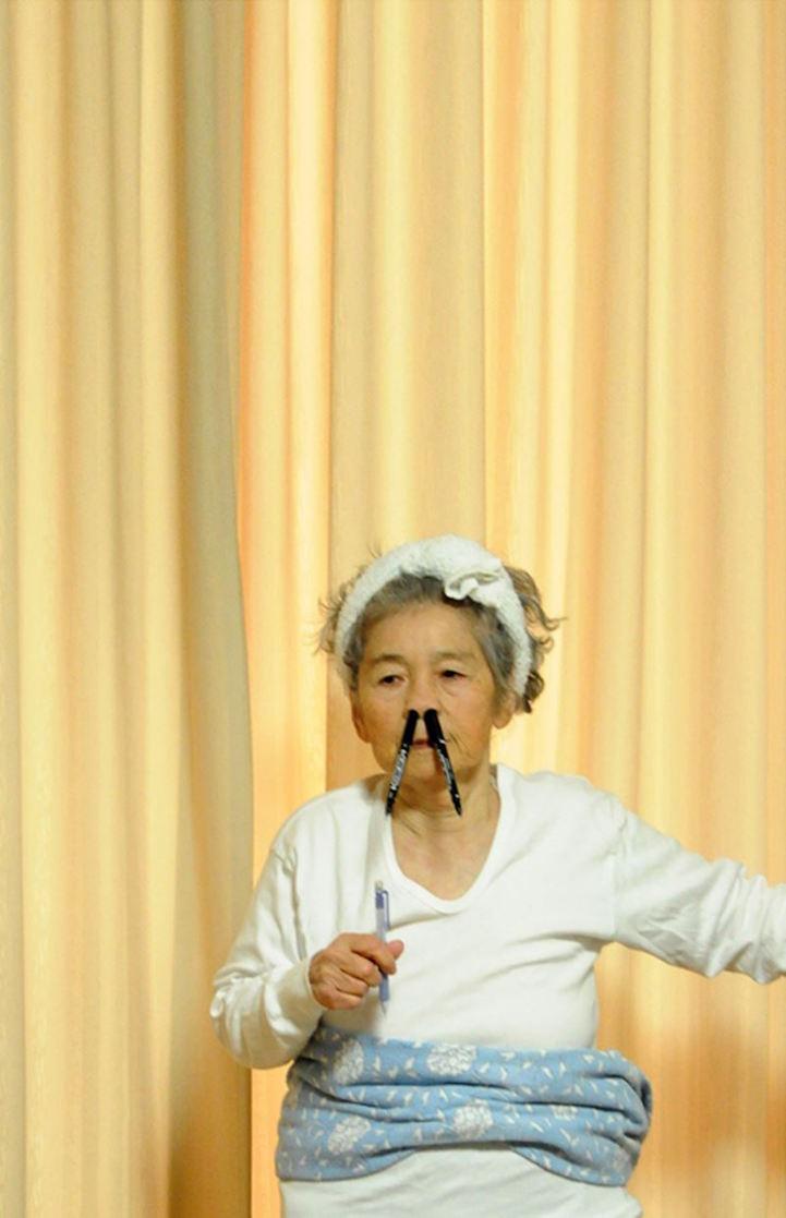 Những bức chân dung tự sướng siêu chất của cụ bà Nhật Bản 87 xuân xanh