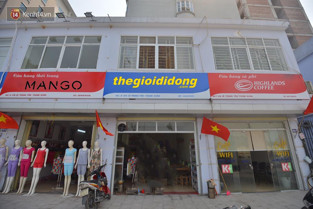 Các thương hiệu nổi tiếng sẽ thế nào nếu mở trên phố kiểu mẫu toàn biển hiệu xanh đỏ? - Ảnh 3.