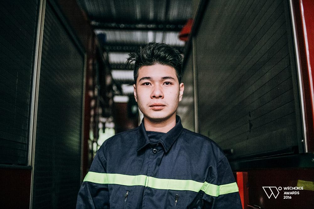 Năm 18 tuổi – Nếu được chọn, bạn có theo nghề lính cứu hỏa như những chàng trai dũng cảm này không? - Ảnh 10.