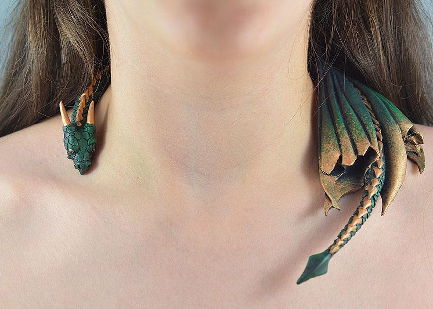 Bộ trang sức cực chất lấy cảm hứng từ Mẹ rồng Daenerys Targaryen - Ảnh 8.