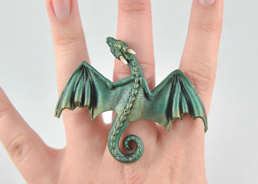 Bộ trang sức cực chất lấy cảm hứng từ Mẹ rồng Daenerys Targaryen - Ảnh 6.