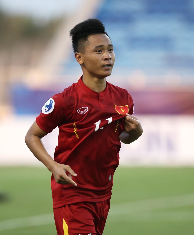 Người hùng U19 Việt Nam: Ghi bàn từ đôi giày mua còn thiếu nợ - Ảnh 3.