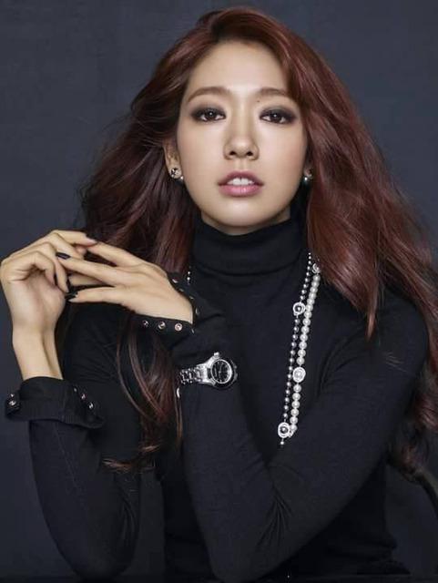 Park Shin Hye xứng đáng là thánh nữ quảng cáo thời trang xứ Hàn - Ảnh 2.