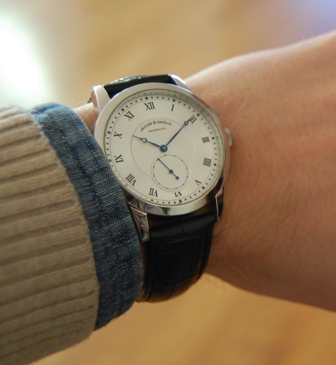 Bộ sưu tập đồng hồ đeo tay thời thượng với thiết kế thách thức thời gian - Ảnh 5.
