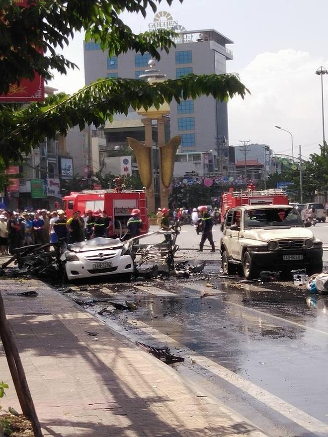 Cuộc điện thoại bí ẩn trước khi chiếc taxi nổ như bom ở Cẩm Phả - Ảnh 2.