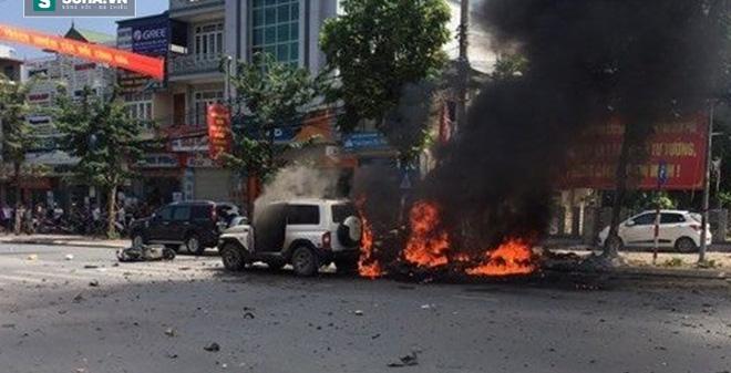 Cuộc điện thoại bí ẩn trước khi chiếc taxi nổ như bom ở Cẩm Phả - Ảnh 1.