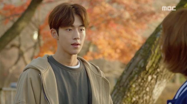 Tiên Nữ Cử Tạ: Không nhịn được nữa, Nam Joo Hyuk nổi giận với Sung Kyung vì bị tình địch lu mờ - Ảnh 1.