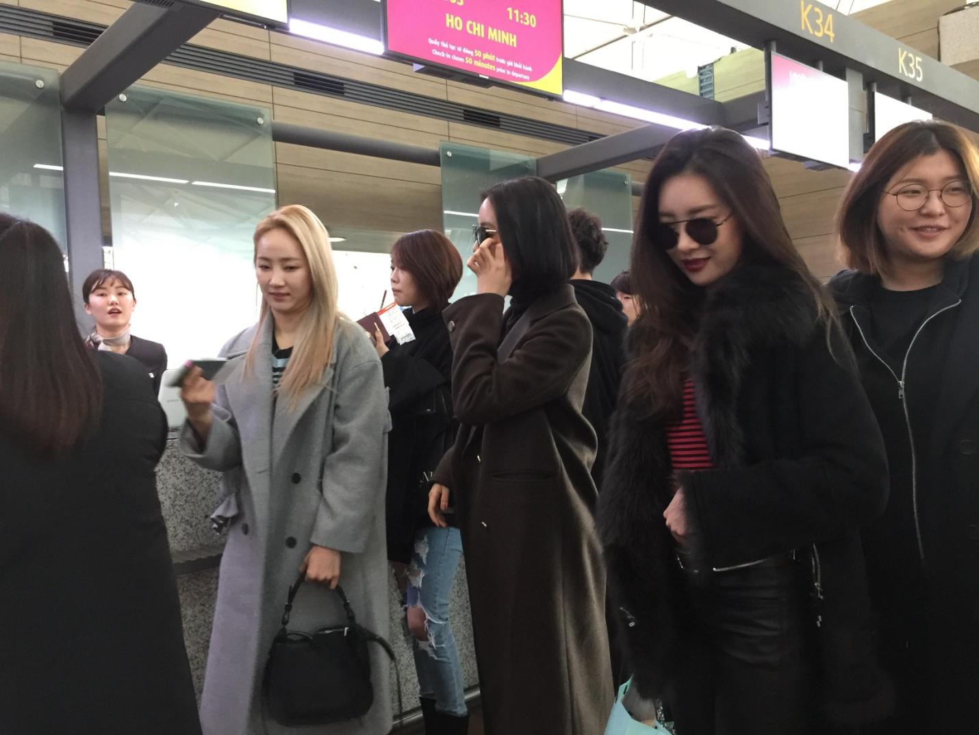 Wonder Girls bay từ Hàn Quốc sang Hà Nội rồi mới vào TP.HCM - Ảnh 12.
