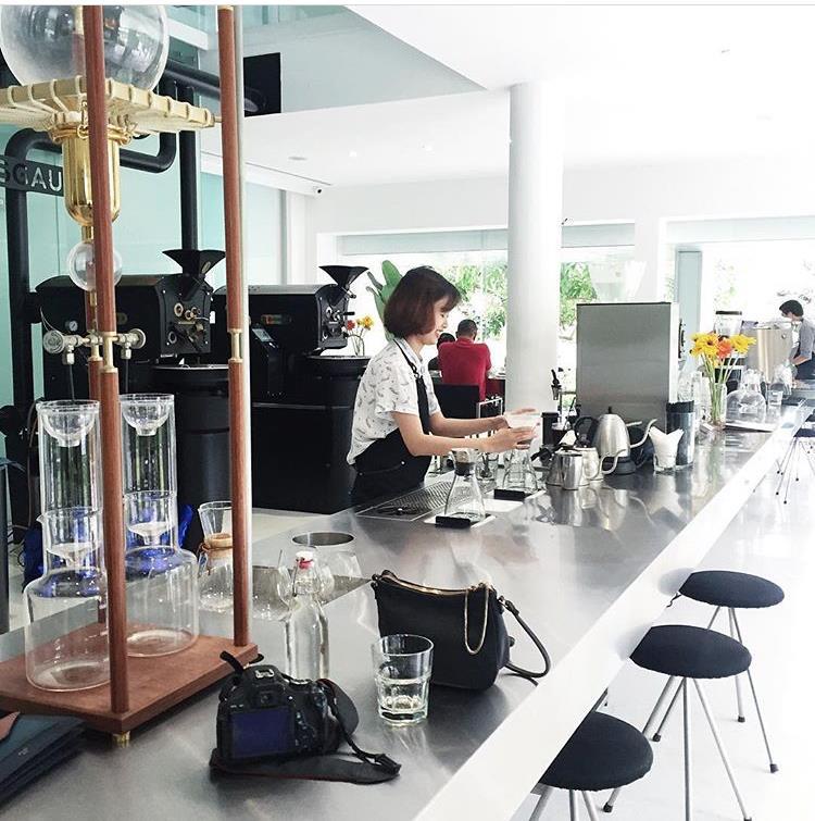 4 quán cafe check in sống ảo hot nhất Sài Gòn bây giờ! - Ảnh 12.