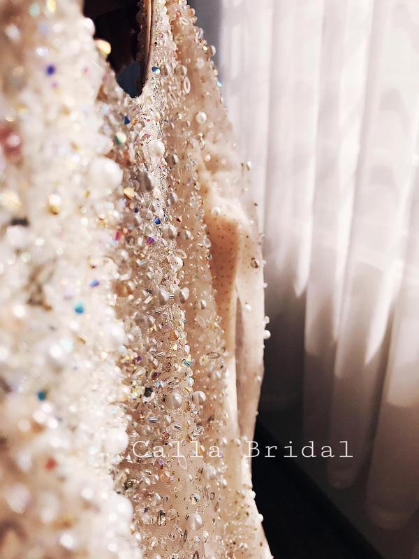 Cận cảnh váy cưới gắn 10.000 viên pha lê của MC thời tiết Mai Ngọc - Ảnh 13.