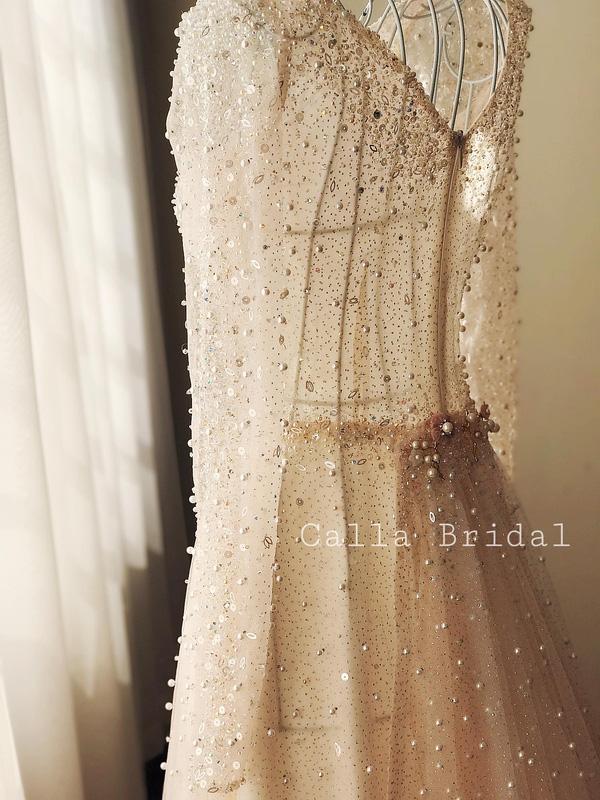 Cận cảnh váy cưới gắn 10.000 viên pha lê của MC thời tiết Mai Ngọc - Ảnh 15.