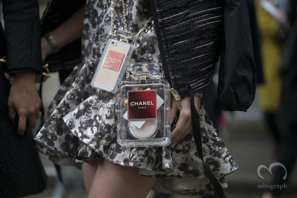 Louis Vuitton khiến tín đồ thời trang phát cuồng vì ốp Iphone sang chảnh - Ảnh 16.