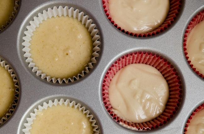 Muốn nướng bánh cupcake trăm trận trăm thắng, bạn phải biết 9 mẹo vặt này - Ảnh 2.