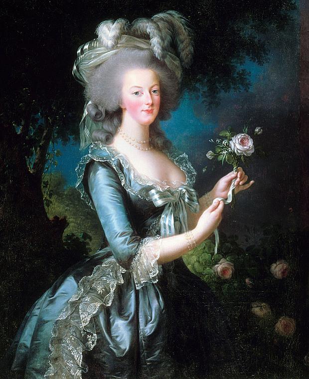 Cuộc đời gây tranh cãi của hoàng hậu xinh đẹp ăn chơi phóng túng, được ngưỡng mộ nhưng cũng bị căm ghét - Ảnh 3.