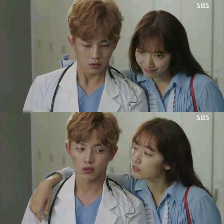 """""""Tình tay ba"""" là xưa rồi, Park Shin Hye trong Doctors sắp vướng vào """"tình tay năm""""! - Ảnh 21."""