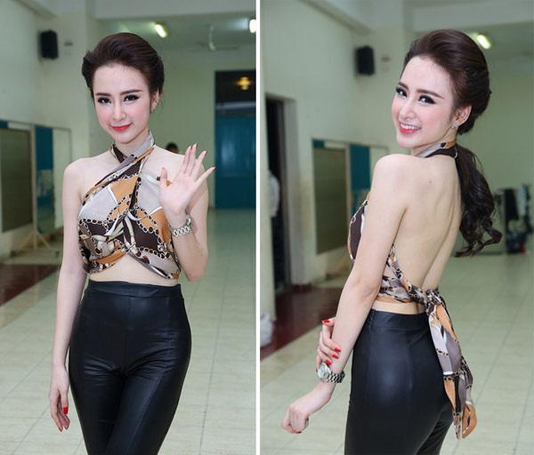 Phục sát đất tài biến khăn thành váy áo của sao Việt - Ảnh 5.