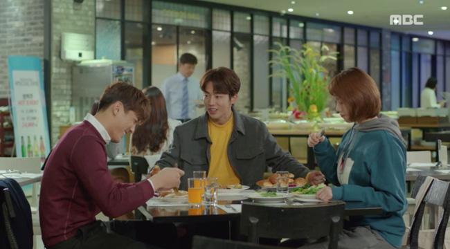 Tiên Nữ Cử Tạ: Không nhịn được nữa, Nam Joo Hyuk nổi giận với Sung Kyung vì bị tình địch lu mờ - Ảnh 11.