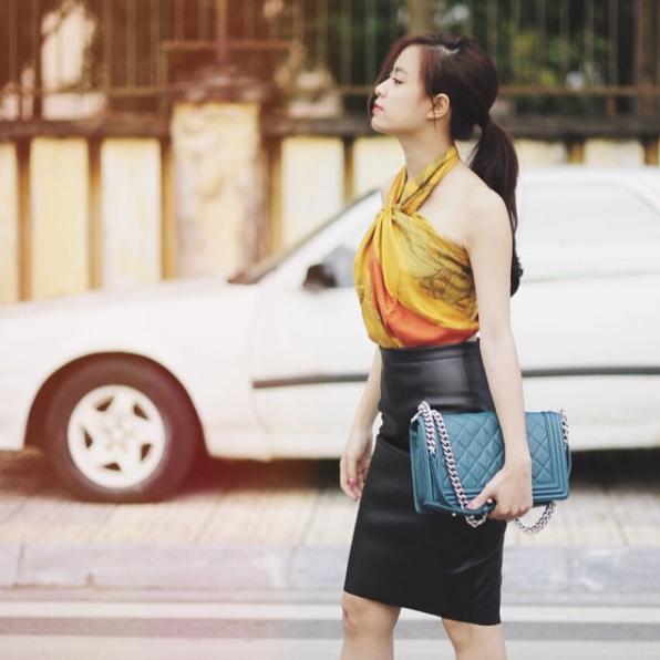 Phục sát đất tài biến khăn thành váy áo của sao Việt - Ảnh 8.