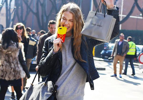 Louis Vuitton khiến tín đồ thời trang phát cuồng vì ốp Iphone sang chảnh - Ảnh 10.