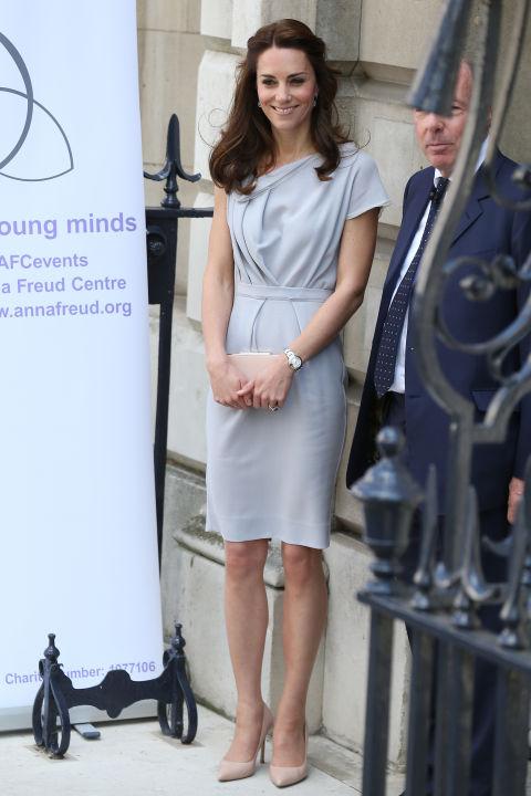 5 tỷ đồng là số tiền công nương Kate đã chi cho cả tủ áo quần của năm 2016, gấp 4 lần năm ngoái! - Ảnh 5.