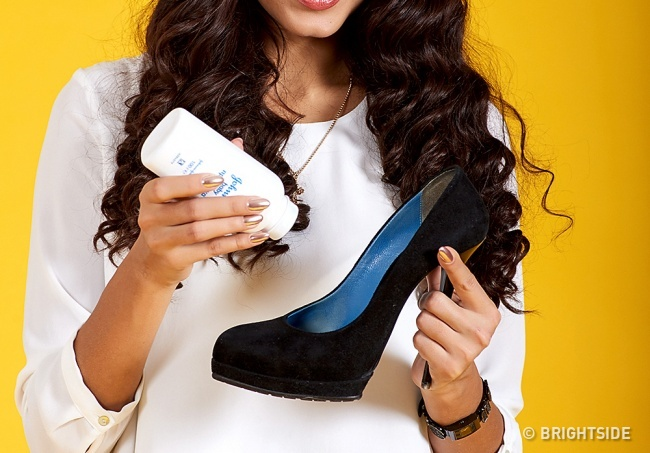 Thuộc lòng 10 mẹo này, bạn sẽ không đau chân khi đi giày mới nữa - Ảnh 3.