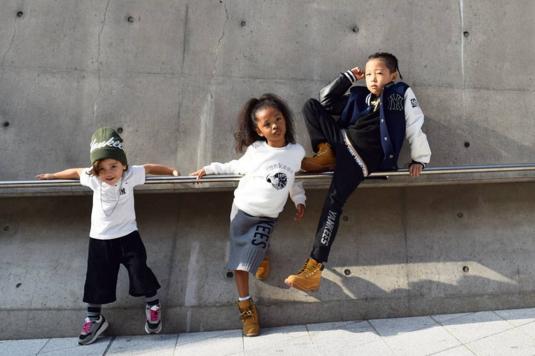 Fashionista hay Ngôi sao? Không, chính các cô bé cậu bé này mới đang thống trị Seoul Fashion Week! - Ảnh 9.
