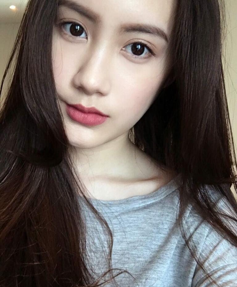 Vừa giàu, vừa xinh, vừa giỏi: Đây chính là hot girl số 1 của Lào, và cô ấy là người gốc Việt! - Ảnh 30.