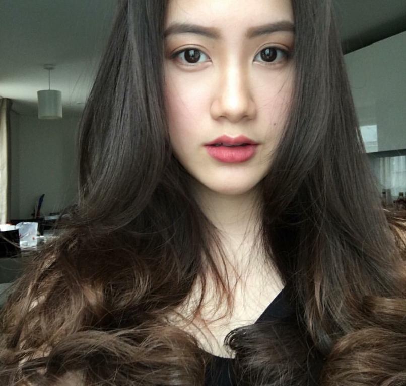Vừa giàu, vừa xinh, vừa giỏi: Đây chính là hot girl số 1 của Lào, và cô ấy là người gốc Việt! - Ảnh 14.