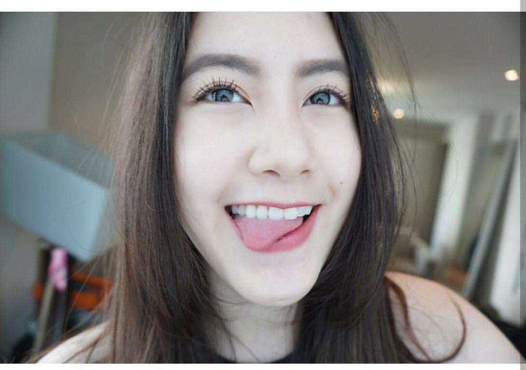 Vừa giàu, vừa xinh, vừa giỏi: Đây chính là hot girl số 1 của Lào, và cô ấy là người gốc Việt! - Ảnh 16.