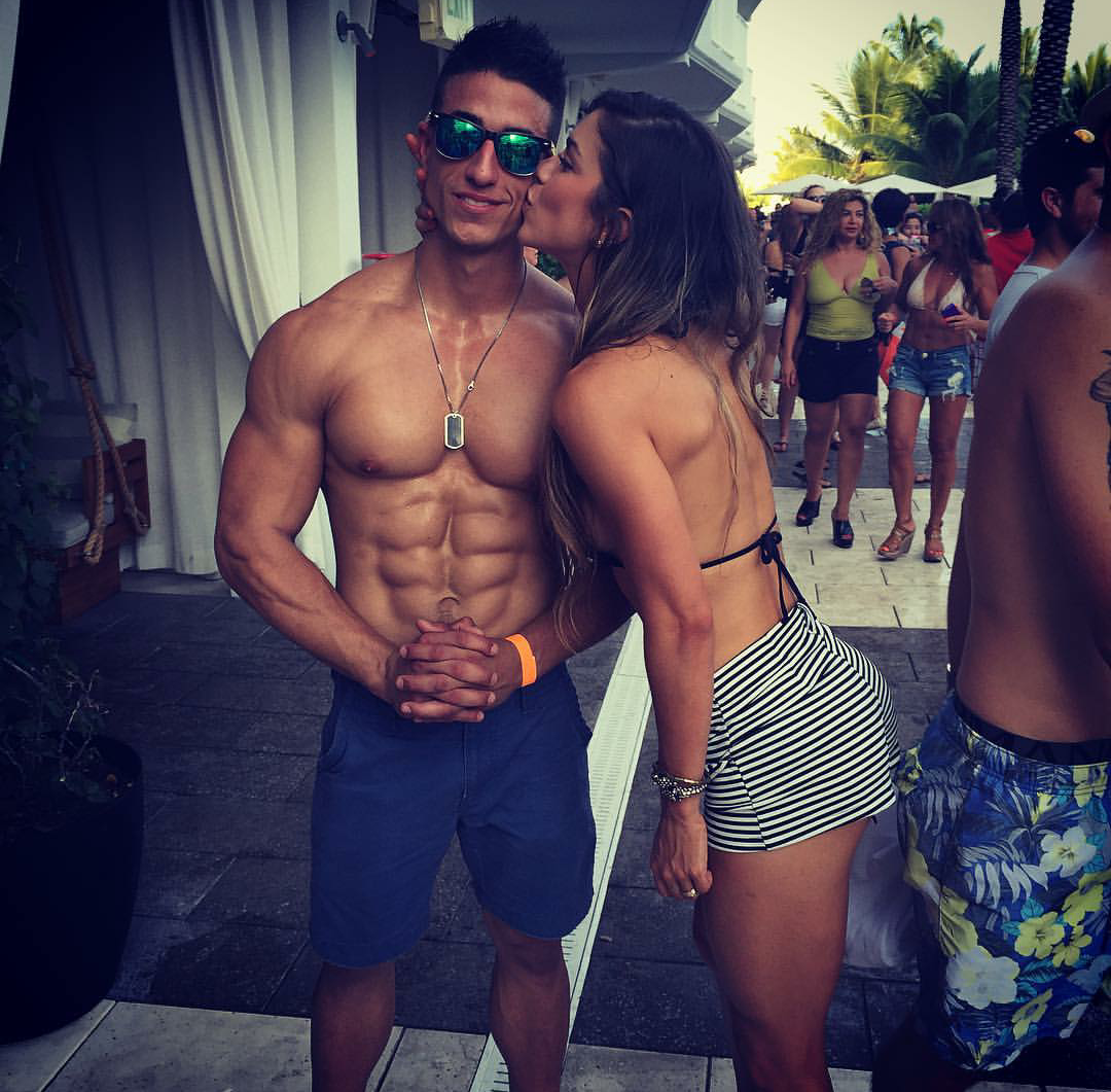 Cặp đôi phòng gym sexy nhất trên Instagram là đây chứ đâu! - Ảnh 20