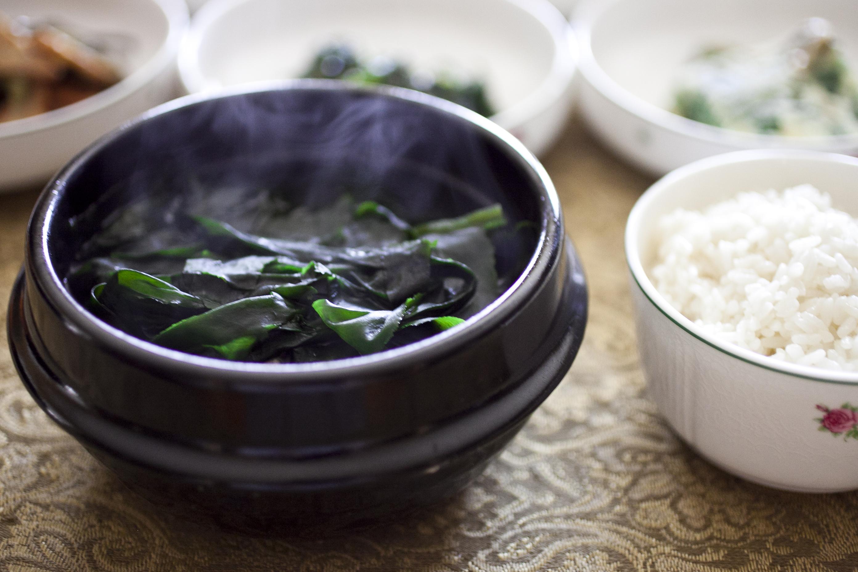 Học chế độ ăn của người Hàn để có làn da khỏe đẹp từ bên trong - Ảnh 2.