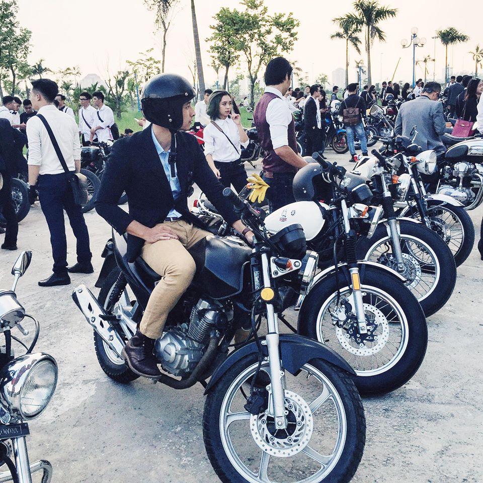 Mặc suit đi motor: Một phong cách vừa ngầu lại vừa lịch của các chàng - Ảnh 4.