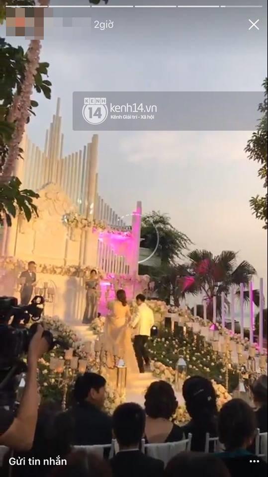 Đám cưới MC Mai Ngọc: Không gian lộng lẫy, cầu kỳ, xứng đáng là đám cưới sang chảnh nhất Hà Nội hôm nay - Ảnh 3.