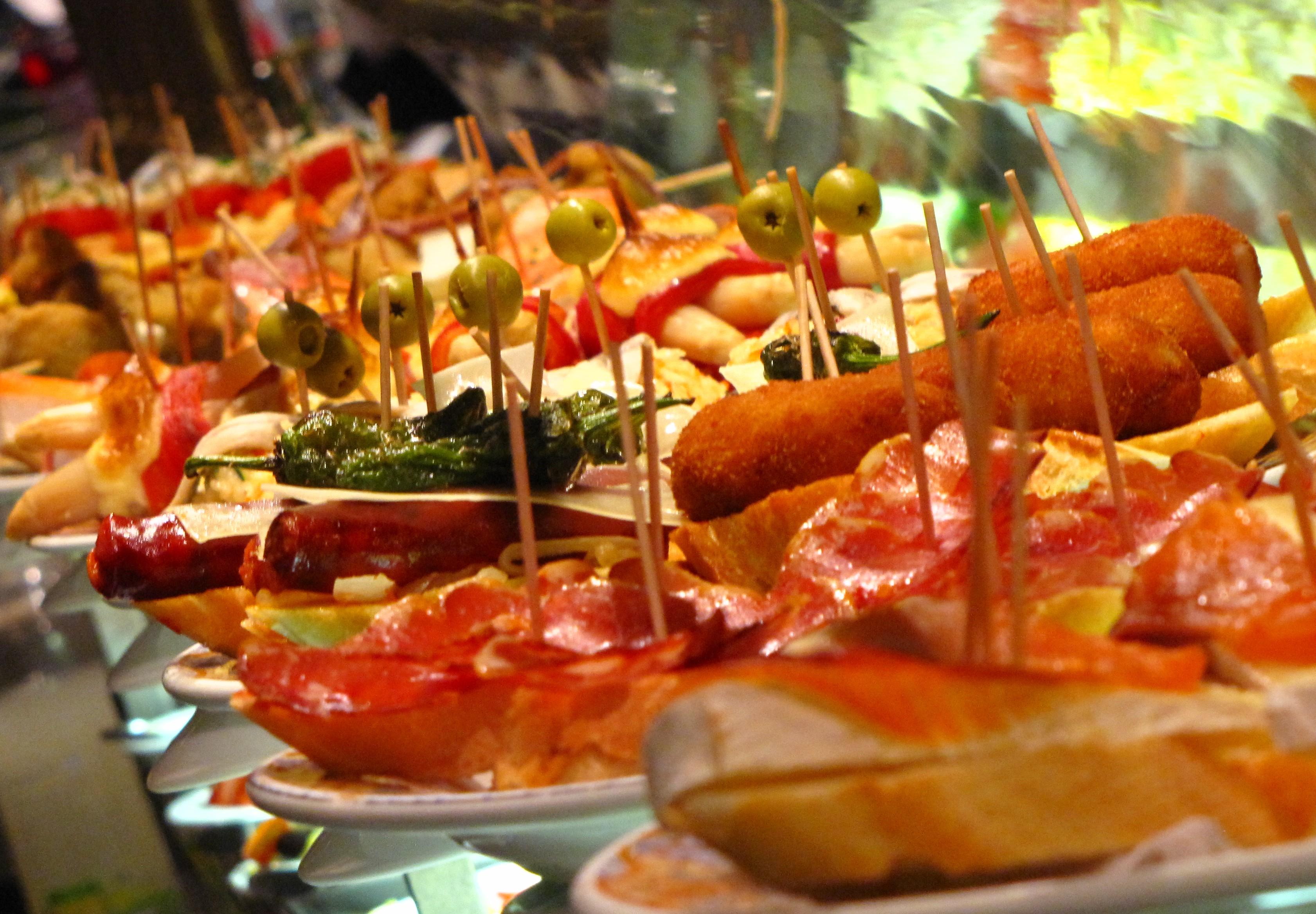 Báo Anh bình chọn Hà Nội là thành phố có ẩm thực hấp dẫn nhất thế giới! - Ảnh 49.