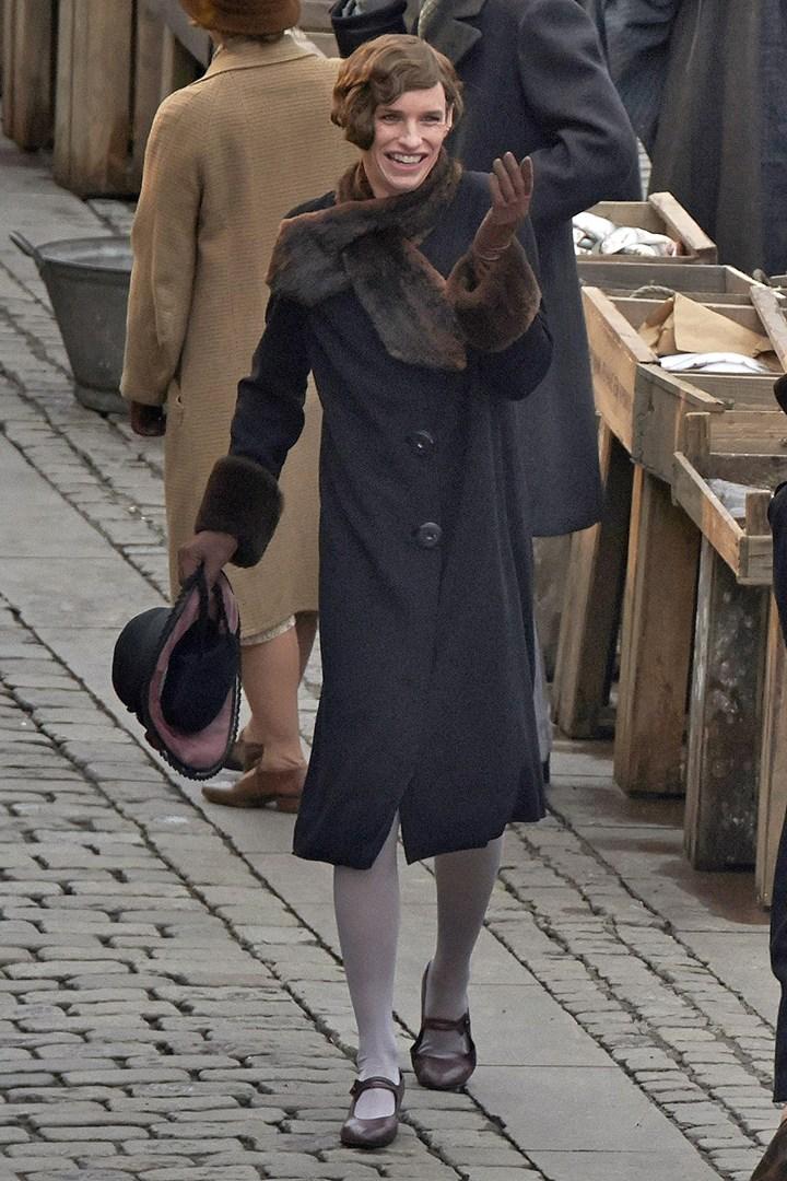 Cô gái Đan Mạch: Đẹp nao lòng từ nội dung đến thời trang - Ảnh 13.