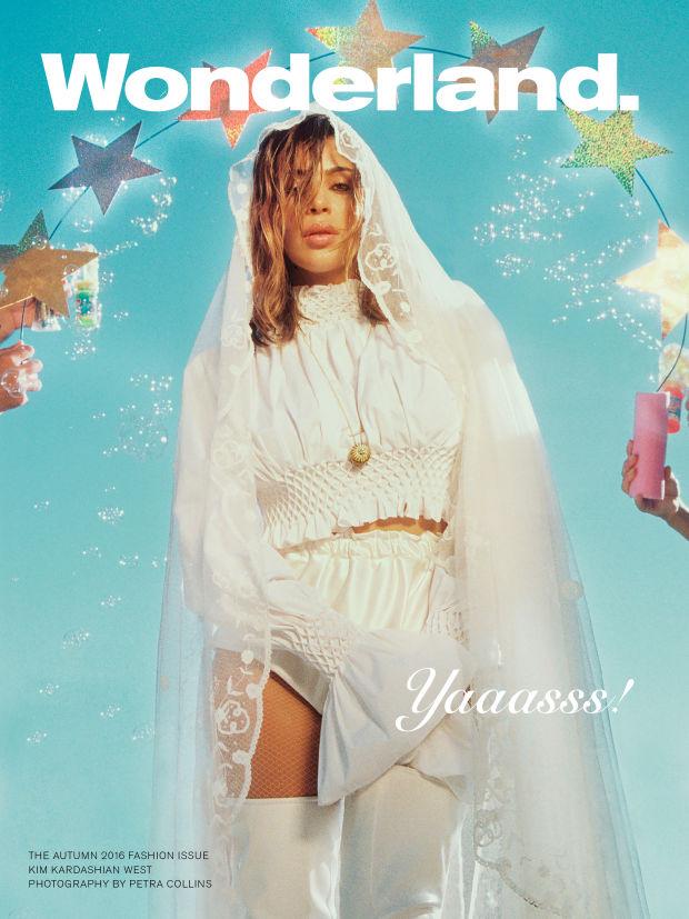 2016 - năm mà cả thế giới thời trang phải phủ phục trước đại gia đình Kardashian! - Ảnh 1.