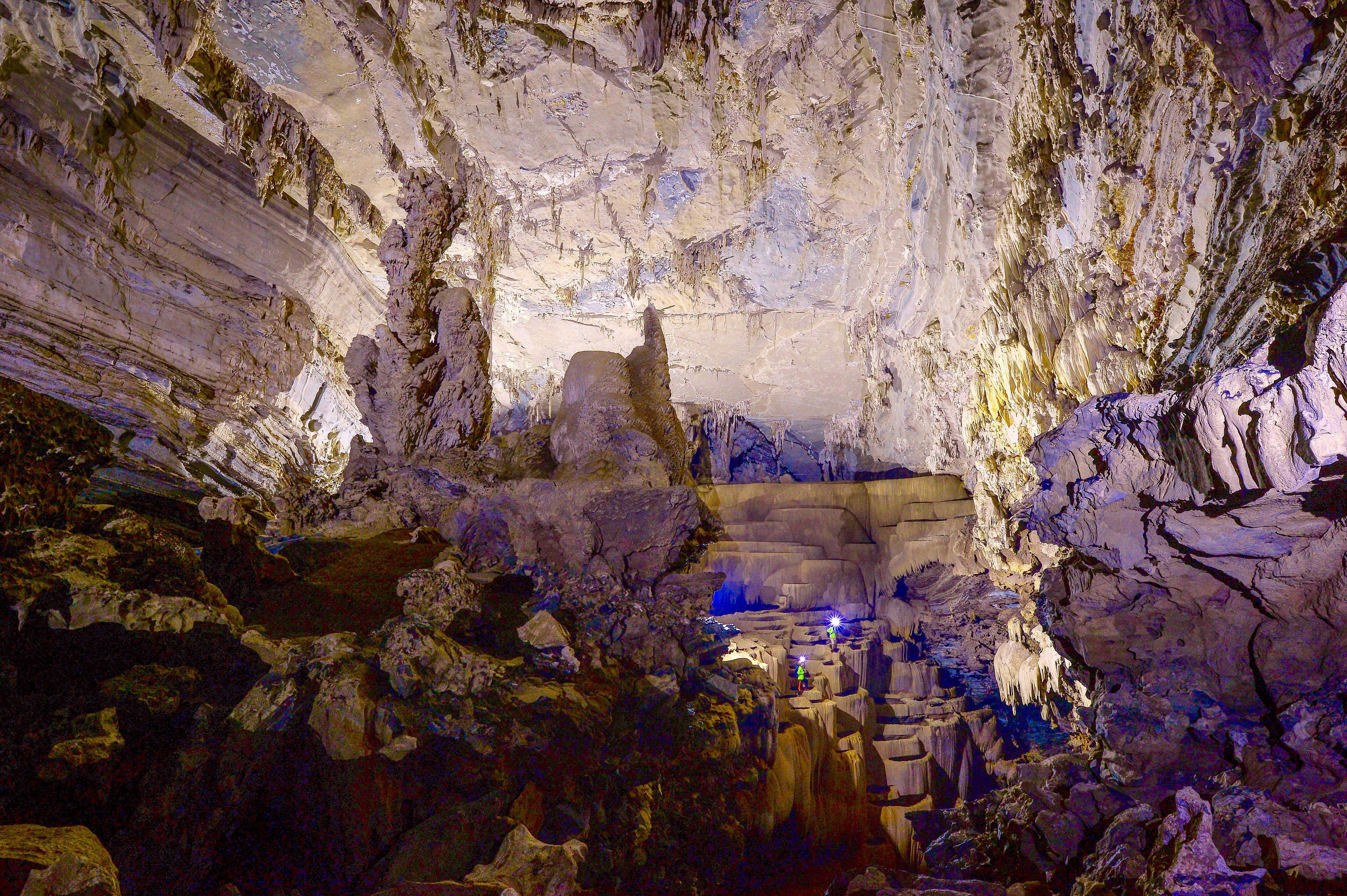 Không chỉ Sơn Đoòng, Quảng Bình còn có một hang động khác hoang sơ và đẹp đến ngạt thở! - Ảnh 16.