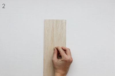 Làm khung ảnh treo tường đẹp và không thể dễ hơn chỉ với một tấm gỗ - Ảnh 4.