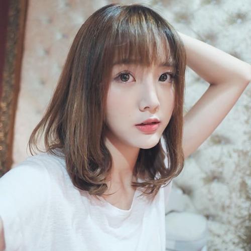 Hot girl Nene đình đám của Thái khoe ảnh tung tăng du hí ở Sài Gòn - Ảnh 2.